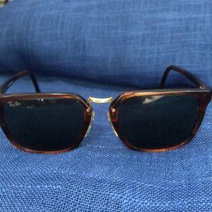 Vintage B&L Ray Ban Rare Sunglasses W0929 1980's